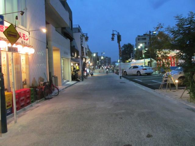 楽市楽座2014前日に世田谷通りから会場を眺める
