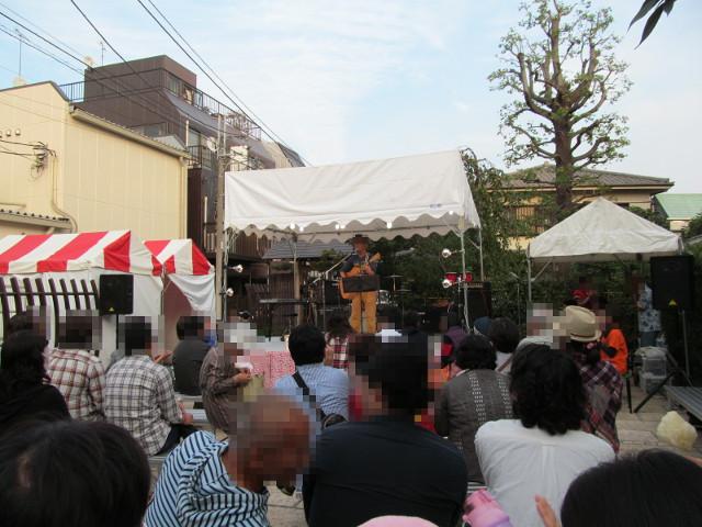 豪徳寺沖縄祭り2014メインステージ