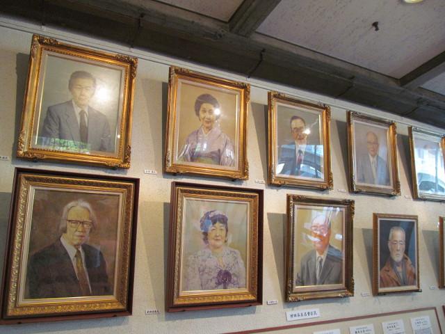 せたがや産業フェスタ2014名誉区民たちの肖像画その2