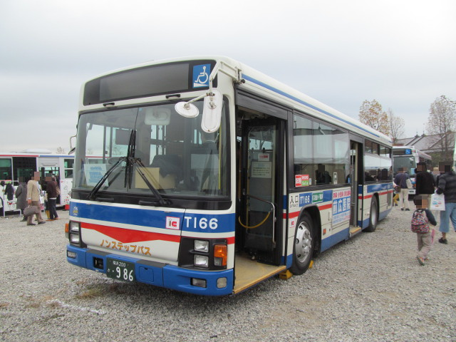 バス利用感謝デー2014川崎鶴見臨港バス左ななめ前