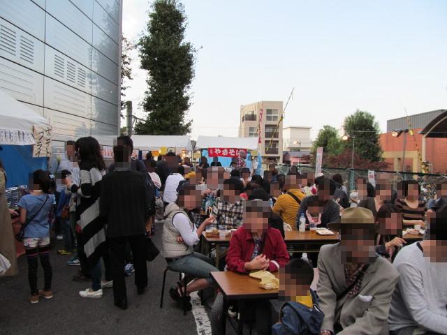 三茶de大道芸2014大屋台村飲食スペースその1