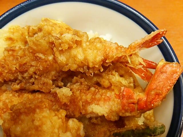 てんやかに帆立天丼のずわい蟹と海老