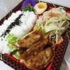 野菜炒め焼餃子弁当のサムネイル