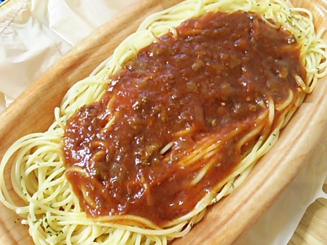 大盛ミートソーススパゲティを開封したアップ
