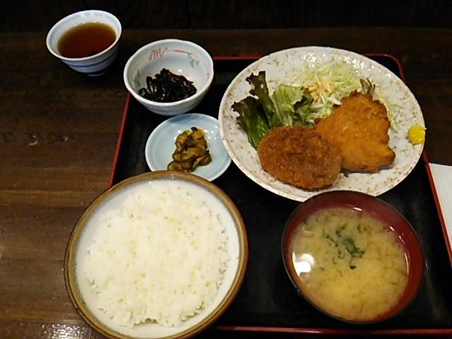 舟よしあじフライと牛肉コロッケセット定食