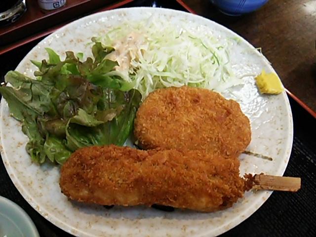 舟よしの豚串かつと牛肉コロッケ