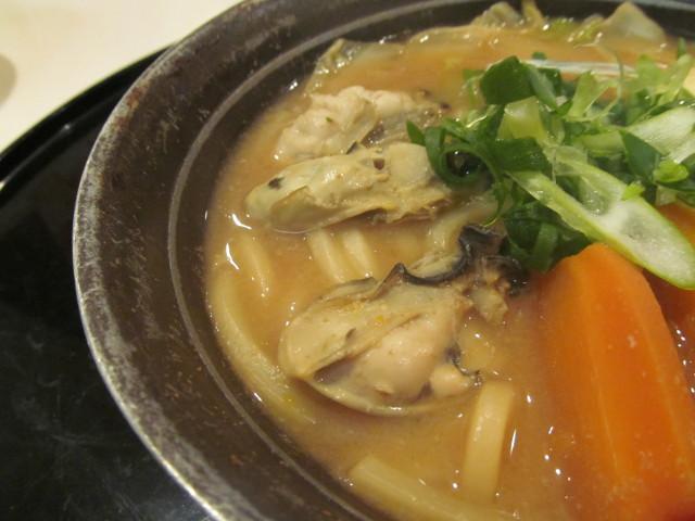 牡蠣味噌ちゃんこ鍋の牡蠣