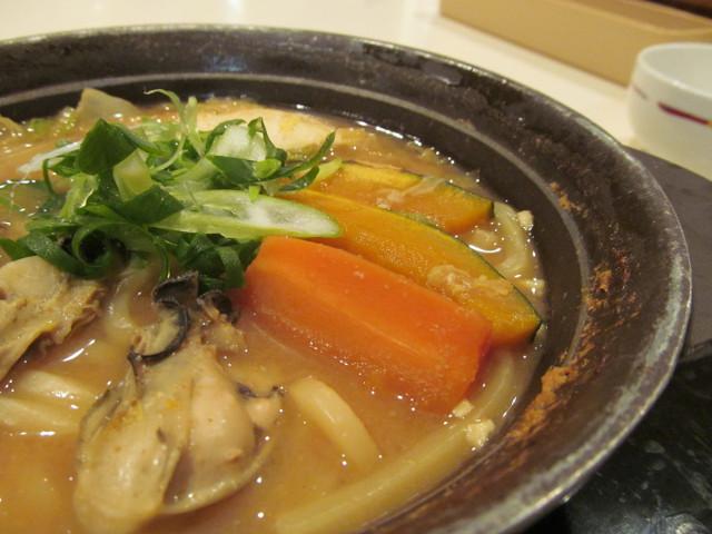 牡蠣味噌ちゃんこ鍋の人参