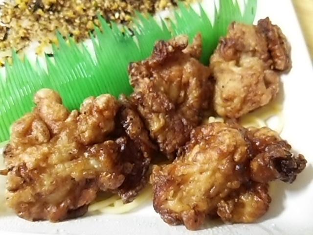ゆず胡椒風味の鶏唐揚げ弁当の鶏唐揚げ