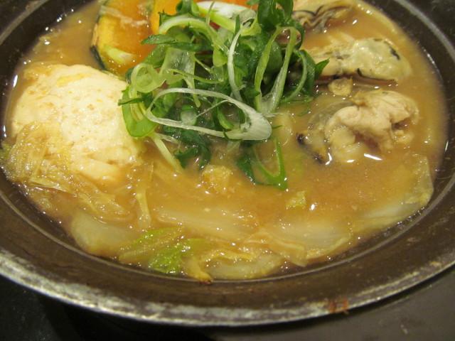 牡蠣味噌ちゃんこ鍋の白菜