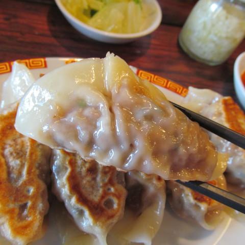 タイガー軒ぷっくり餃子定食サムネイル2