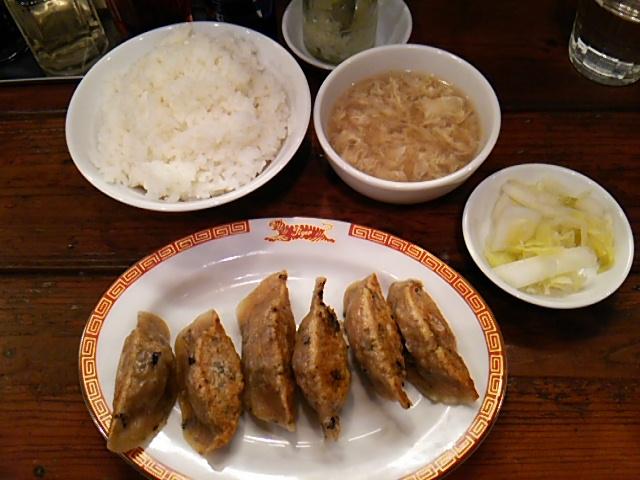 タイガー軒世田谷上町店の遊牧民餃子とライス大盛