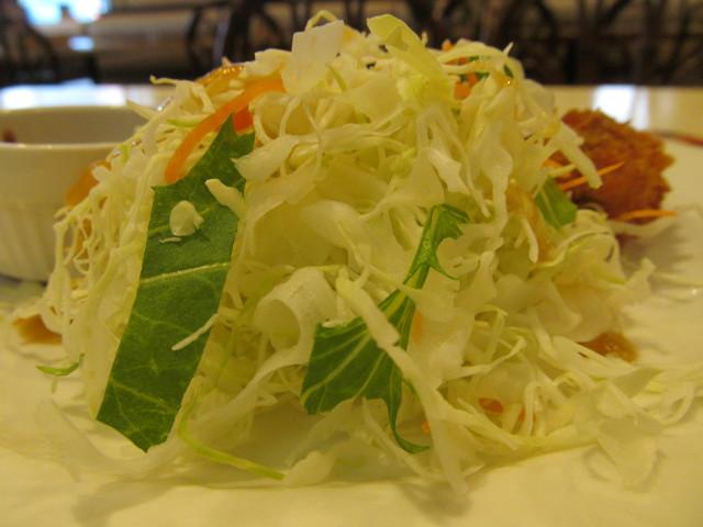 ガスト広島産カキフライのキャベツ