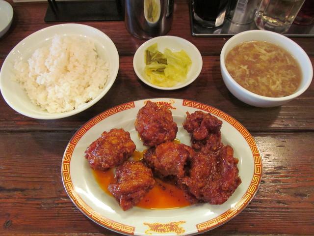 タイガー軒揚げ鶏の四川辛味だれ定食