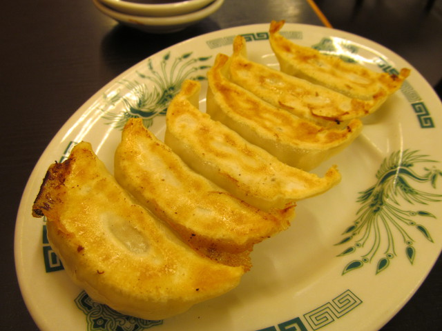 日高屋イワシフライ餃子セットの餃子