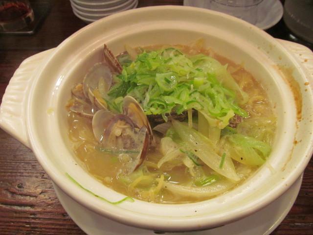 タイガー軒アサリと葱の土鍋煮込み麺