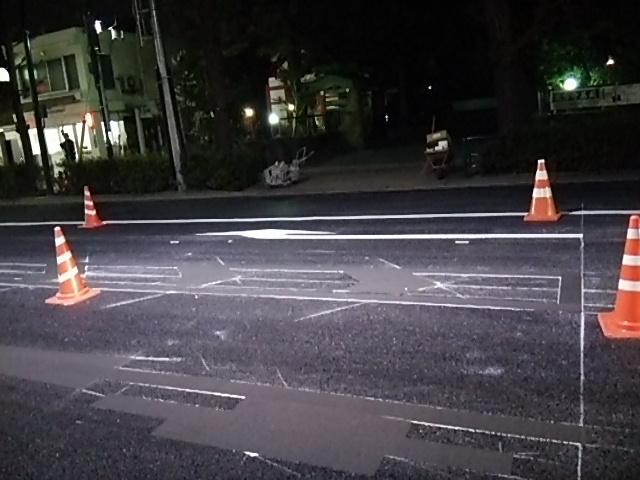 補助154号線世田谷通り右折レーン描く工事5