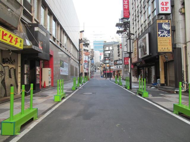 渋谷駅側から見た誰もいない渋谷中央通り