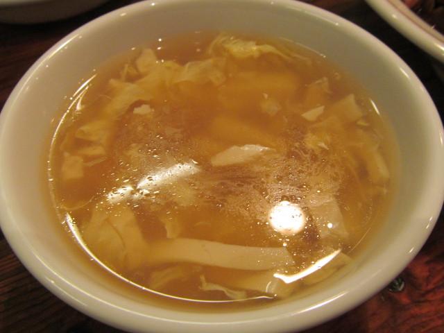タイガー軒牛すじ豆腐かけごはんのスープ