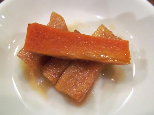 タイガー軒牛レバニラ炒め定食の漬物