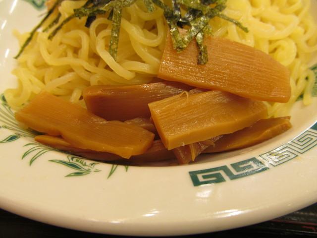 日高屋和風つけ麺のメンマ