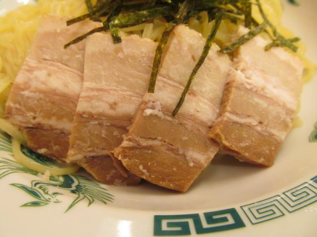 日高屋和風つけ麺のチャーシュー