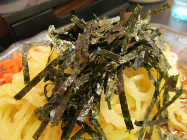 日高屋黒酢しょうゆ冷し麺の刻み海苔