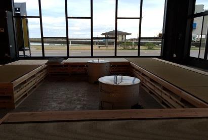 ひみ漁業交流館魚々座海が見える休憩コーナー