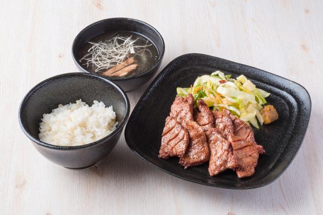 牛たんささ川フレンテ笹塚店ランチ定食