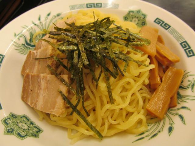 日高屋和風つけ麺の麺のアップ