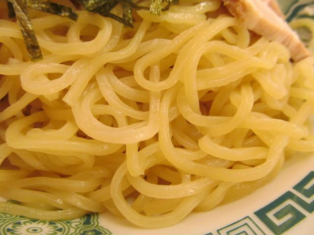 日高屋和風つけ麺の麺アップ