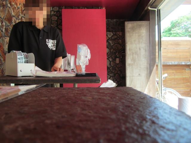 KARIYUSHICOFFEESTAND店内2
