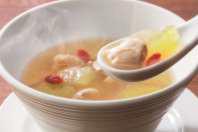 バーミヤン九州産若鶏と冬瓜のスープ