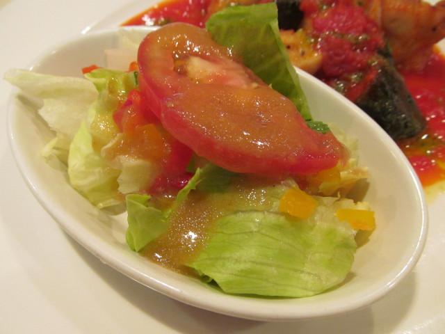 ガストチキンとなすのトマト煮ランチのミニサラダ2