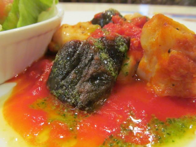 ガストチキンとなすのトマト煮ランチのなす