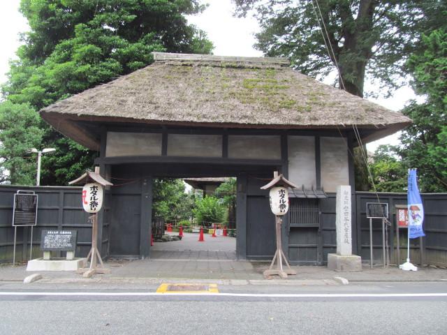 せたがやホタル祭りとサギ草市20150719昼間代官屋敷正門が開いています