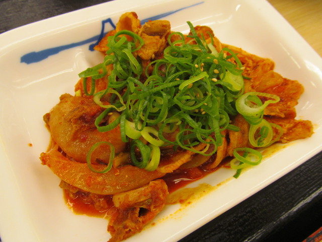 松屋豚キムチ定食ライス大盛の豚キムチ