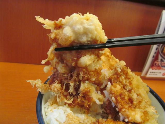 天丼てんやWソース鶏天丼ご飯大盛の鶏天3