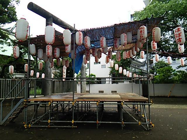 ホタル祭りとサギ草市2015前日朝の組まれた櫓3