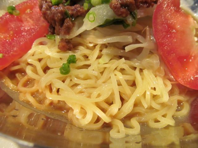 ガストピリ辛冷やしタンタン麺の麺