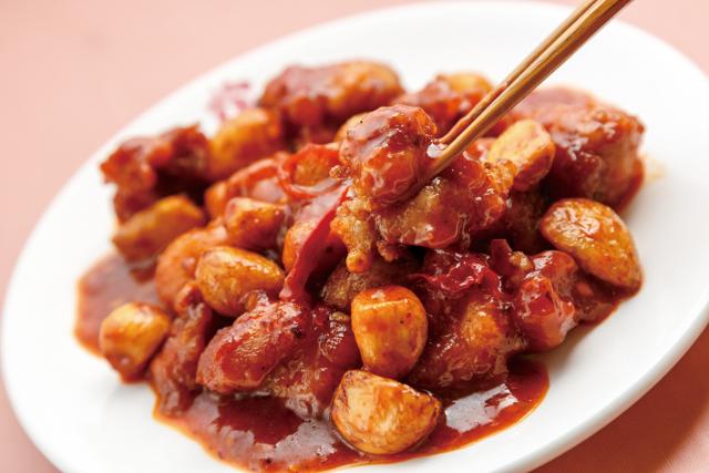 鶏肉と丸ニンニク山椒唐辛子炒め