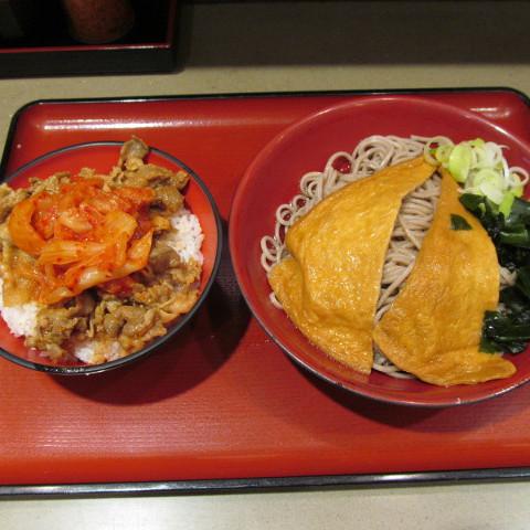 ミニ豚バラキムチ丼セット冷しきつねそば大盛サムネイル