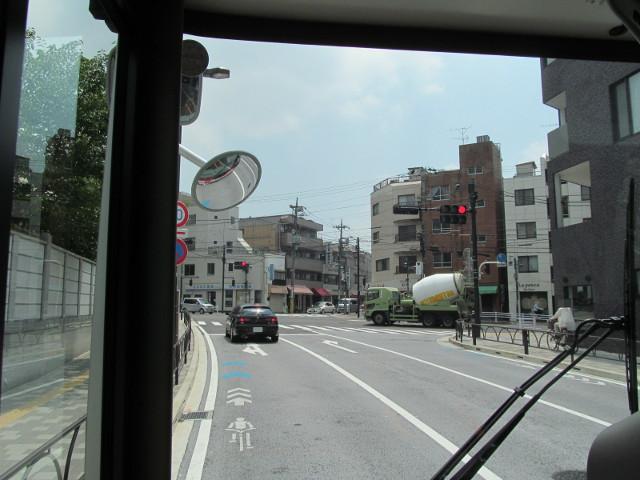 等13二番バスから見た補助154号線の南端