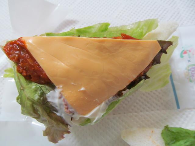 3種のレタスandタコスミートサンドのチーズ