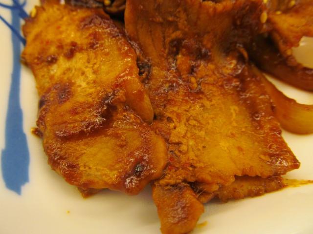 松屋豚と茄子の辛味噌炒め定食の豚肉