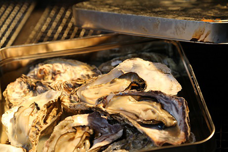 かき小屋明石大蔵の牡蠣2