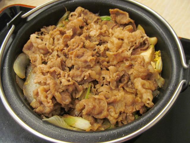 吉野家牛すき鍋膳の牛すき鍋