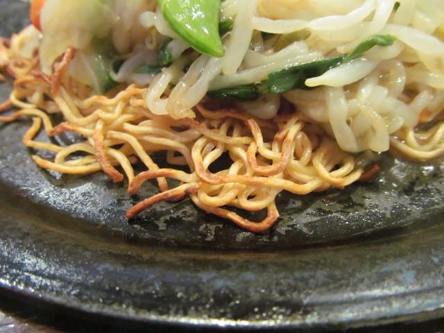 ガスト広島産牡蠣のあんかけ焼きそばの焼きそば