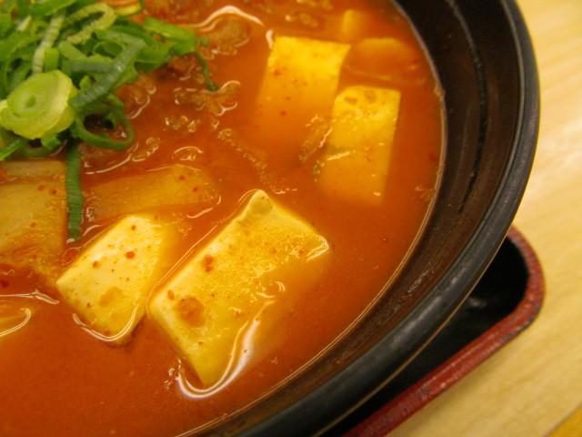 松屋豆腐キムチチゲ膳の豆腐