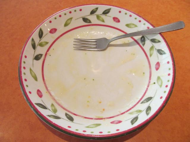 サイゼリヤブロッコリーとサーモンのクリームスパゲッティを完食